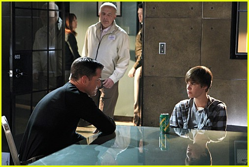 justin bieber shot in csi. New Justin Bieber CSI pictures