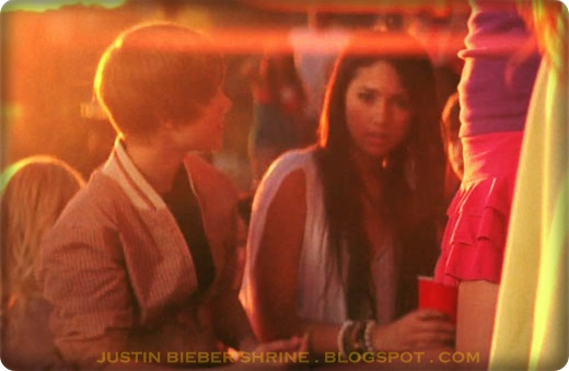Justin Bieber and Jasmine Villegas was spotted again!!