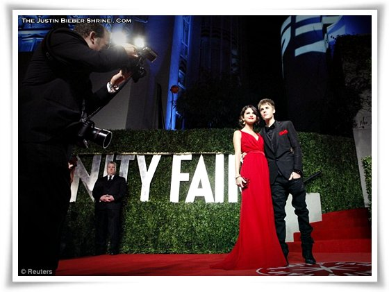 selena gomez justin bieber vanity fair photo booth. Found on the truth ooth Real