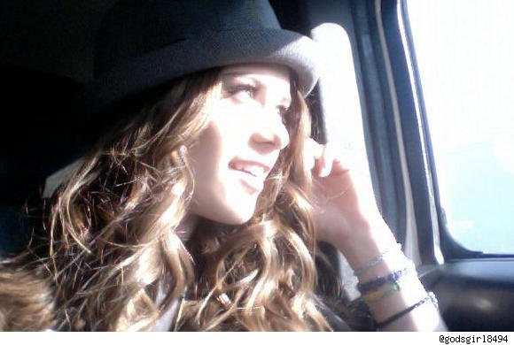new_caitlin_beadles_accident_pictures_2010-1