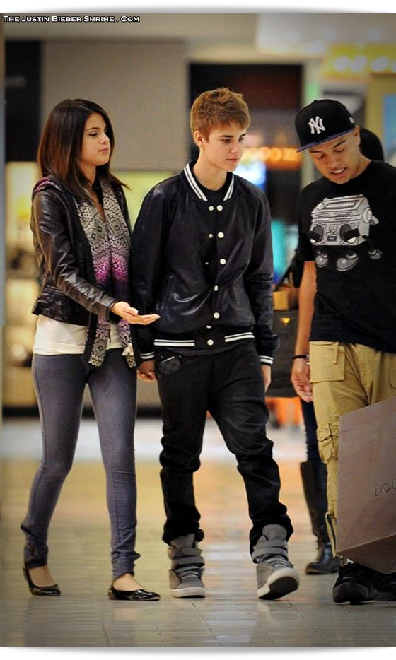 selenagomez justinbieber birthday 2011 10 Justin Bieber spent 17th birthday with Selena Gomez at Beverly Center Mall March 1, 2011 2011