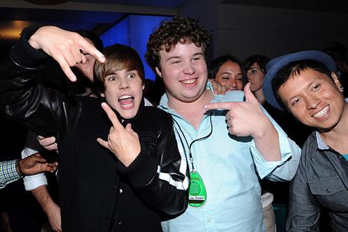 justin bieber phone number real 2011. justinbieber prank