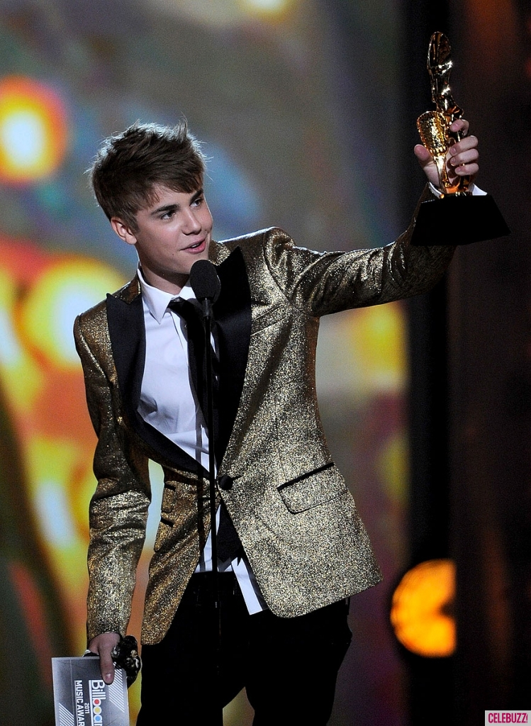 JustinBieber Billboard Awards 2011 Justin Bieber Billboard Music Awards Pictures 2011