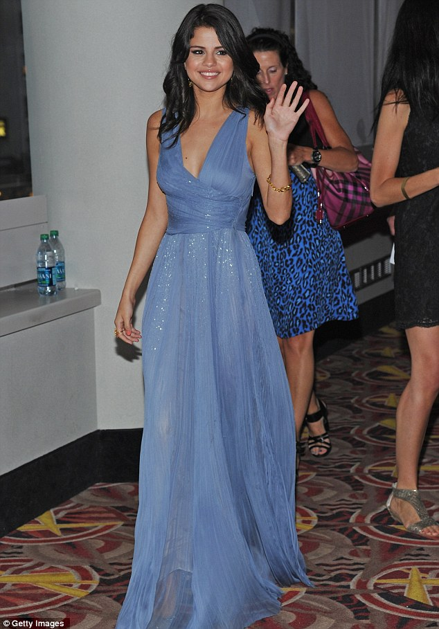 selena gomez at justin bieber movie premiere. Last night Justin attended the
