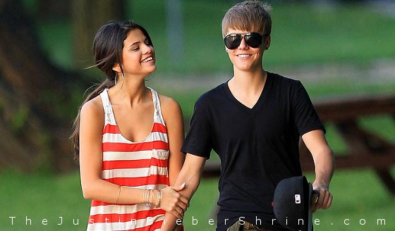 selenagomezjustinbieber2011 Selena Gomez wants to have babies with Justin Bieber 2011