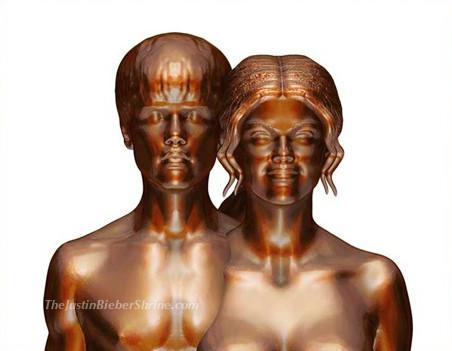 justin bieber selena gomez naked sculpture Justin Bieber & Selena Gomez butt naked sculpture 2011