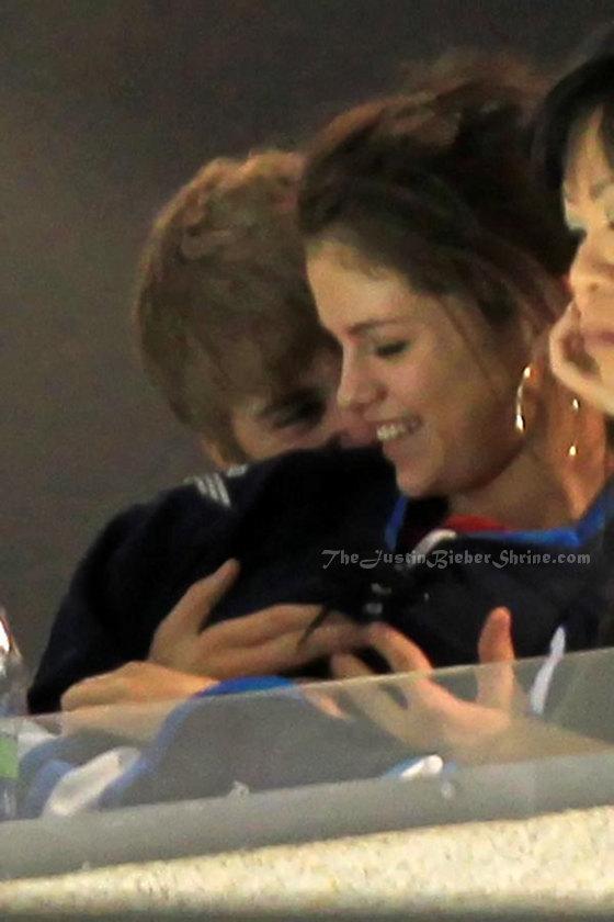 bieber boob Justin grabs