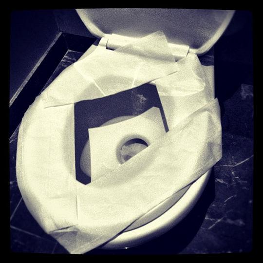 justin bieber toilet instagram