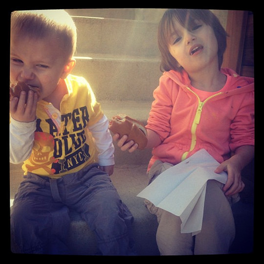 jaxon jazmyn bieber instagram Justin posts cute pictures of Jaxon and Jazmyn on Instagram 2011