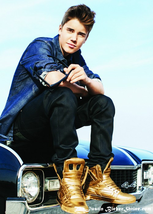 hot new justin bieber pictures 2012 gold shoes Hot New Justin Bieber Sexy Believe Pictures 2011