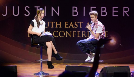 justinbieber malaysia2012 pressconference 560x321 Justin Bieber Malaysia South East Asia Press Conference June 13, 2012 2011