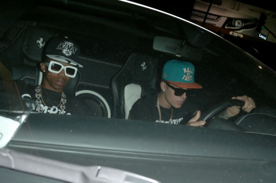 justin bieber lil twist fun factory june2013 560x373 Justin Bieber cleared of hit and run at Fun Factory 2011