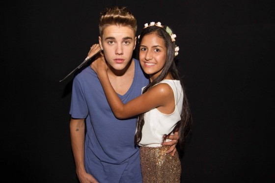 justin-bieber-panama-city-meet-and-greet-2013-01