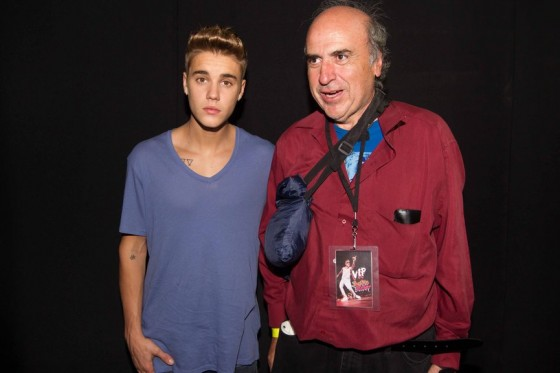 justin-bieber-panama-city-meet-and-greet-2013-05