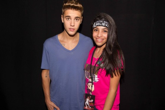 justin-bieber-panama-city-meet-and-greet-2013-06