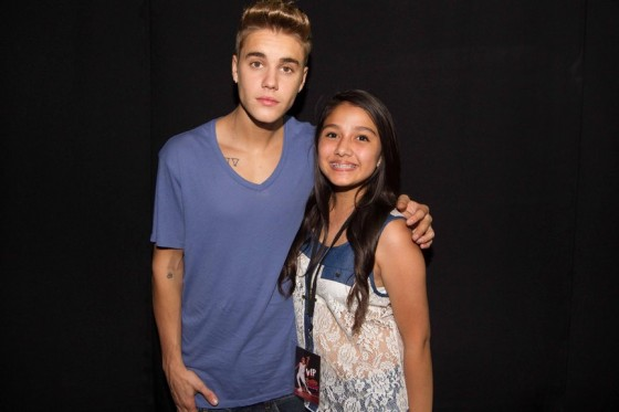 justin-bieber-panama-city-meet-and-greet-2013-07