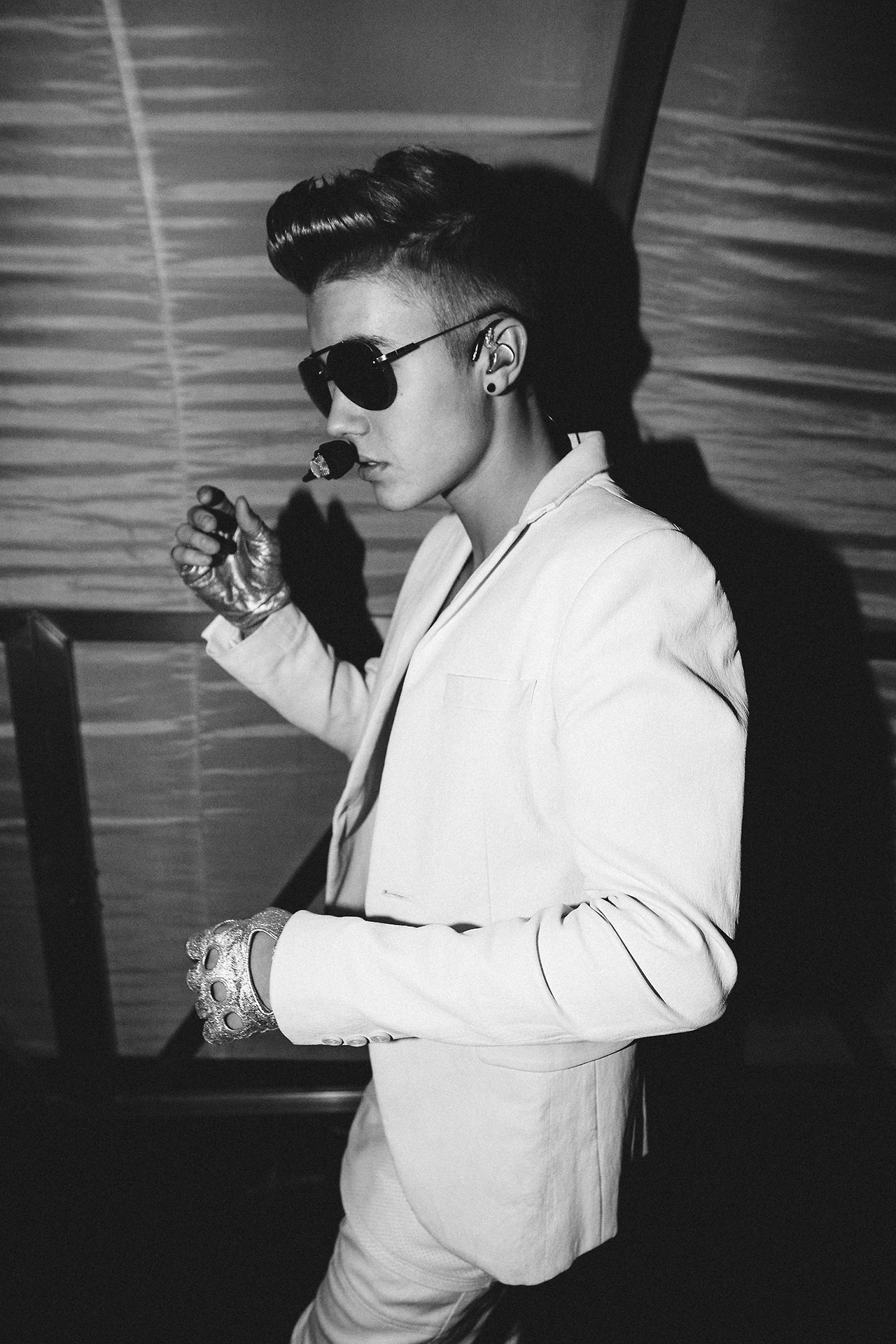 justin-bieber-black-white-pictures-01