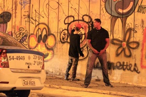 justin-bieber-graffiti-riodejaneiro-brazil-nov-2013-09